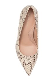 BCBGeneration Middea Pointed Toe Pump