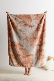 Tie-Dye Amped Fleece Throw Blanket