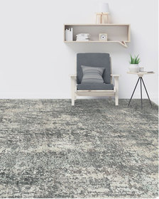Isabelle Hand-Knotted Rug 6' x 9'