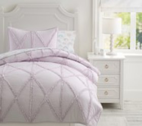 Pottery Barn Casual Ruffle Recycled Quilt & Shams