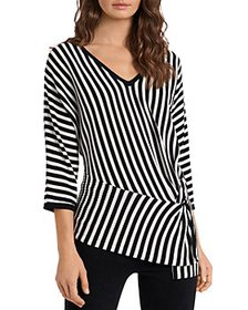 VINCE CAMUTO - Twist Front Sweater